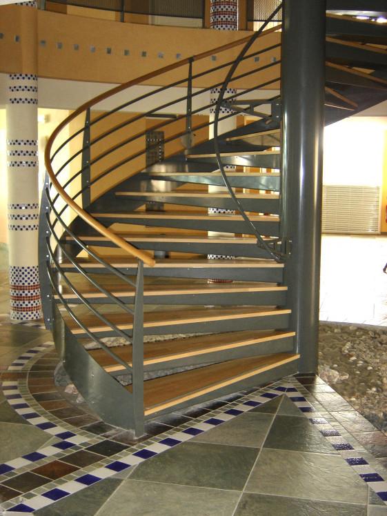ysoman escalier h lico dal m tal ysofer. Black Bedroom Furniture Sets. Home Design Ideas
