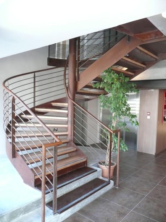 escalier droit ou helicoidal